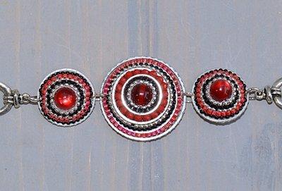 Armband van kraaltjes schijven, rood