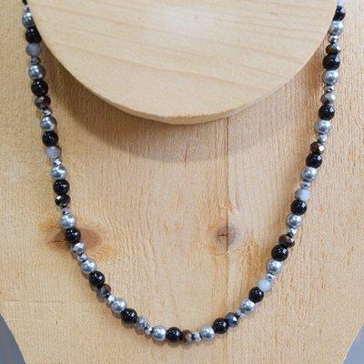 Zwart zilveren glaskraal ketting