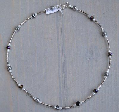 Grijs-Zwart zilveren glasparel ketting