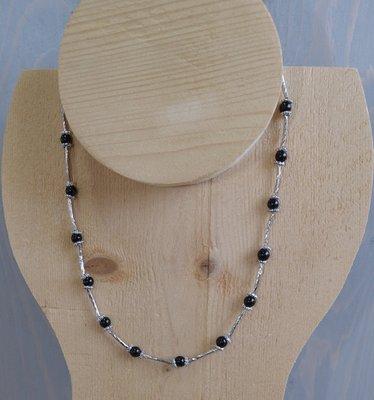 Zwarte zilveren glasparel ketting