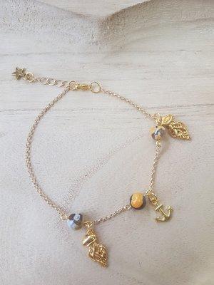 Enkelbandje goudplated ketting met agaat kralen en bedels