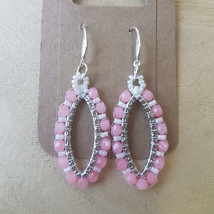 Zilveren oorhangers ovaal rose-pink
