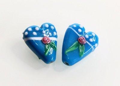 blauwe-lampworkkralen-hart-